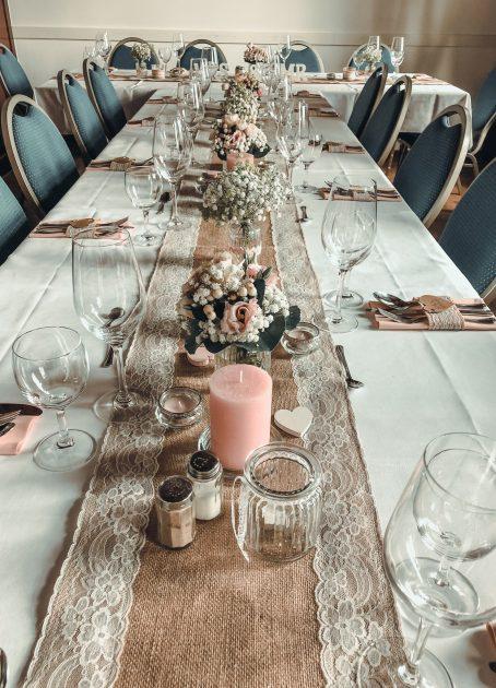 Krug_Dreikronen_Veranstaltungen_Hochzeiten_Tischdekoration